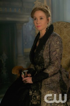 Pictured:Megan Follows as Catherine de Medici Photo Credit: Sven Frenzel/The CW