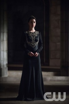 Pictured: Adelaide Kane as Mary Queen of Scotland and France Photo Credit: Christos Kalohorides/ The CW