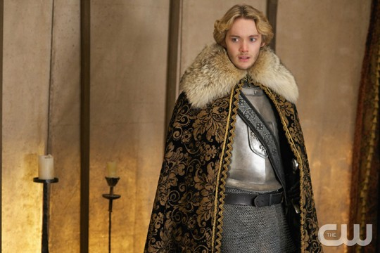 Pictured: Toby Regbo as King Francis Photo Credit: Sven Frenzel/ The CW