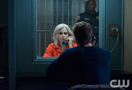 Pictured (L-R): Rose McIver as Liv and Robert Buckley as Major (back to camera) Photo Credit: Diyah Pera/The CW