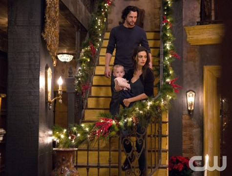 Pictured (L-R): Nathan Parsons as Jackson and Phoebe Tonkin as Hayley Photo Credit: Eli Joshua Ade/The CW