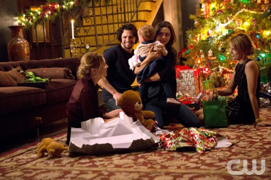 Pictured (L-R): Leah Pipes as Cami, Nathan Parsons as Jackson, Phoebe Tonkin as Hayley, and Riley Voelkel as Freya Photo Credit: Eli Joshua Ade/The CW
