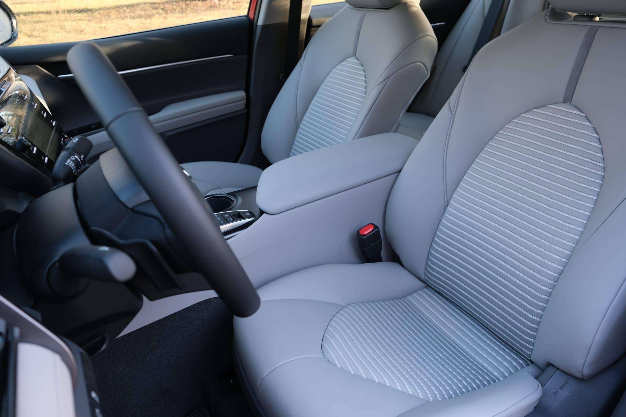 2020 Camry Hybrid SE - Interior