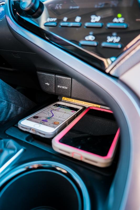 2020 Camry Hybrid SE - Technology