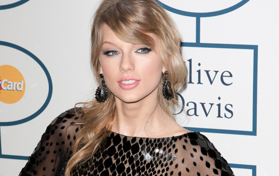 Taylor Swift Defends Music Industry in Wall Street Journal Essay