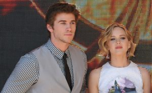 Liam-Hemsworth-Jennifer-Lawrence
