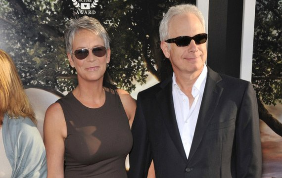 Jamie lee curtis and christopher guest renewed vows for for Jamie lee curtis husband christopher guest
