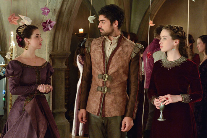 Mary queen of scotland and france sean teale as conde and anna
