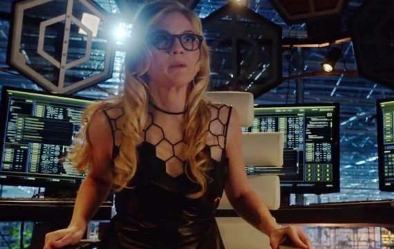 Emily Kinney on The Flash