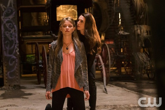 Pictured: Claudia Black as Dahlia and Riley Voelkel as Freya Photo Credit: Annette Brown/ The CW