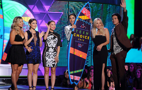 Pretty-Little-Liars-TCA-2015