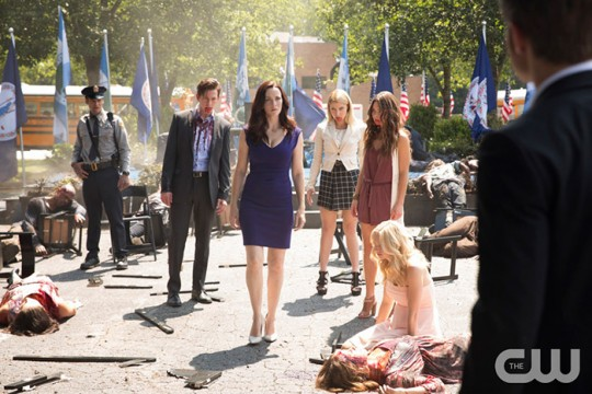 Pictured (L-R): Zach Roerig as Matt, Justice Leak as Malcolm, Annie Wersching as Lily, Teressa Liane as Mary Louise, Scarlett Byrne as Nora, Candice King as Caroline and Paul Wesley as Stefan (back to camera) Photo: Bob Mahoney/The CW