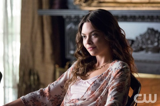 Pictured: Scarlett Byrne as Nora Photo: Bob Mahoney/The CW