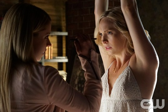 Pictured (L-R): Teressa Liane as Mary Louise and Candice Accola as Caroline Photo Credit: Annette Brown/The CW
