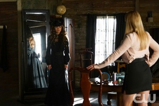 Pictured (L-R): Scarlett Byrne as Nora and Teressa Liane as Mary Louise Photo Credit: Annette Brown/The CW