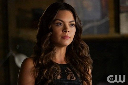 Pictured: Scarlett Byrne as Nora Photo Credit: Annette Brown/The CW