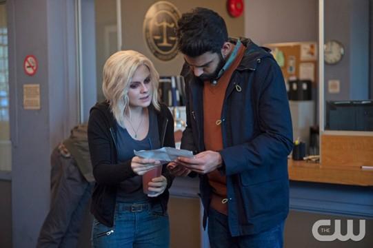 Pictured (L-R): Rose McIver as Liv and Rahul Kohli as Ravi Photo Credit: Diyah Pera/The CW