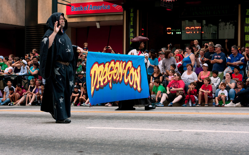 Top 10 Tips for Marching in the Dragon Con Parade!