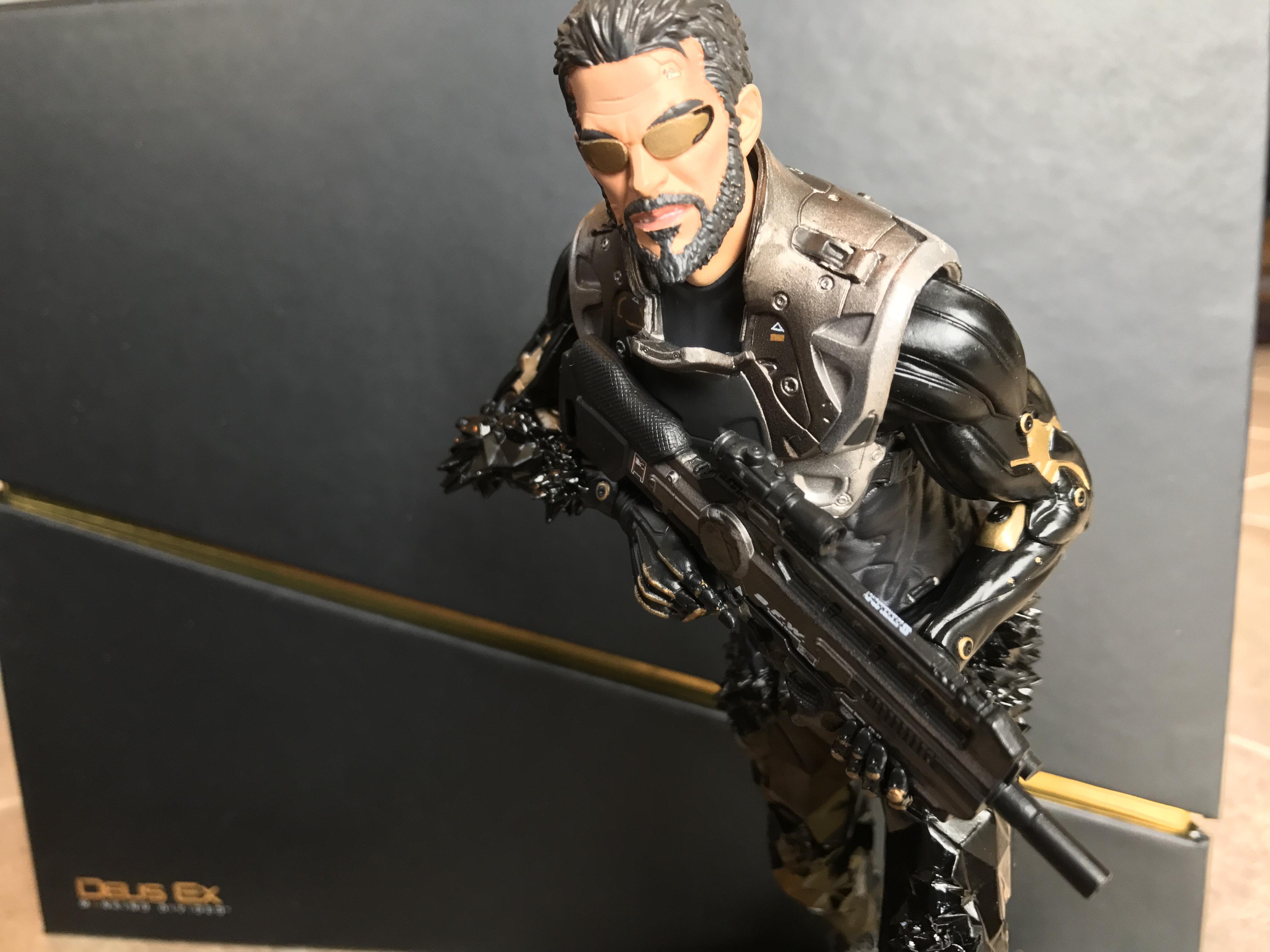 Deus Ex Mankind Divided Collector Adam Jensen Statue Figure