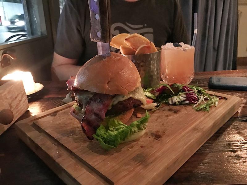 Balans Soho Society: Infamous Balans Burger