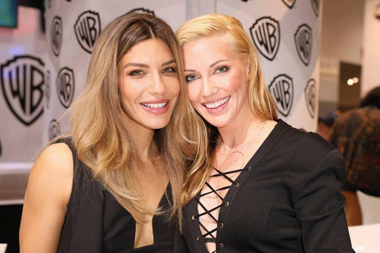 Arrow: Juliana Harkavy and Katie Cassidy