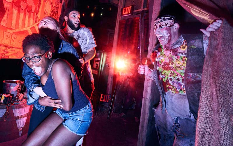 Universal Orlando Offers BOGO for Halloween Horror Nights